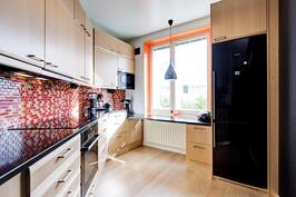Kaunis keittiö