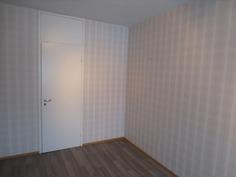 Makuuhuone 1, jossa myös vaatehuone