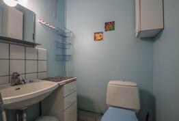 Toisen kerroksen kaksion wc