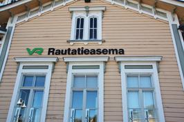 Rautatieasemalta kotiin Sibeliuksentielle vain n. 400 m.