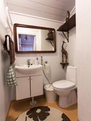 yläkerran wc / övrevåningens wc