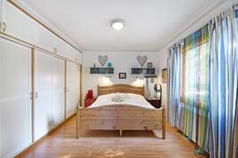 Valoisa makuuhuone - Ljus och mysig sovrum