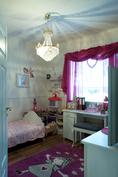Tyttären ihastuttava huone