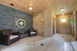 Saunaosaston oleskelutila