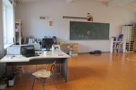 2. kerroksen toimisto/luokkatila