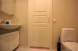 Lady's room, makuuhuoneen ja khh:n välissä