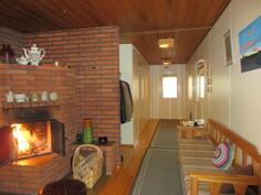 Lisäkuvaa talon tiilitakasta ja talon kokonaissähkönkulutus on ollut n. 14000 kWh/v!
