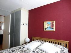 Makuuhuone 1, kaapistot