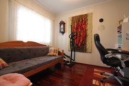 Makuuhuone (9,6m²)