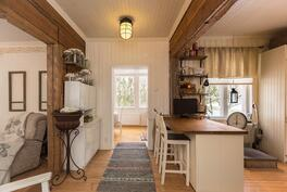 keittiö/ruokahuone/olohuone