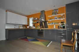 talo 2 keittiö