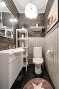 2. erillinen wc
