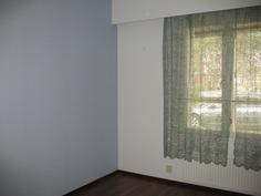 pienempi sininen makuuhuone