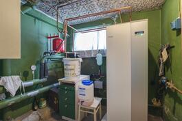 Lämmitysjärjestelmä vaihdettu maalämpöön vuonna 2011