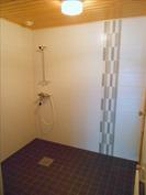 uusi kylpyhuone