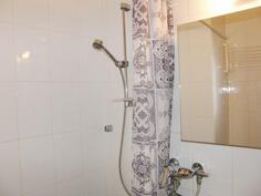 Kylpyhuone, suihku