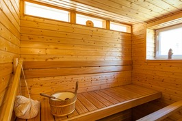 Sauna, jossa myös ikkuna