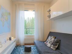 Makuuhuone vehrein näkymin