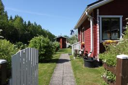 Siirtolapuutarhapalsta 300 m2:n puutarha sekä mökki 20 m2, Åminne Maalahti