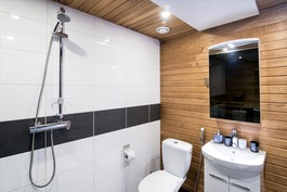 kylpyhuone tästä asunnosta (malli)