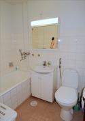 Kylpyhuone / wc (putkiremontti 2000)