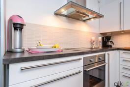 Keittiökaapistot ovat kauniit ja sopivat kodin tyyliin