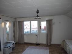 As. 3 yläkerran makuuhuone