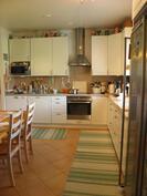 Kodinhoitotilasta keittiöön