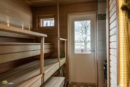 Pihatalon saunasta pääsee myös suoraan ulos