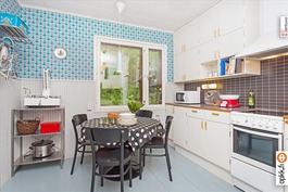 1950-luvun tyyliin uusittu keittiö