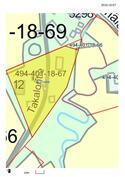 Kotipalsta n. 0,5 ha, jolla rakennukset, lisämaan kanssa n. 1 ha