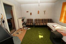Vanhan kamari 1