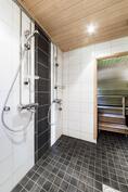Suihkut ja sauna.