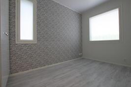 Makuuhuone (10m²)
