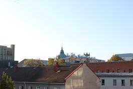 Kaupunkinäkymää parvekkeelta