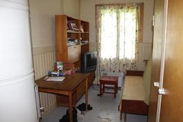 Kuva kolmannesta makuuhuoneesta
