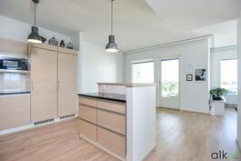 Kodin keskiö on upea keittiö-olohuoneyhdistelmä!