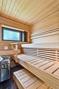 Hieno v. 2014 uusittu sauna/ Fin 2014 förnyad bastu.