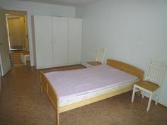Makuuhuone/toinen huoneista