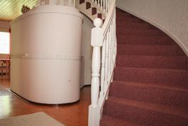 Portaat yläkertaa