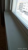 Tunnelmalliset leveät ikkunalaudat