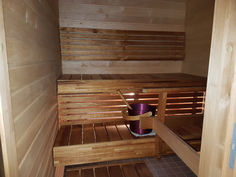 Sauna, tervaleppä ja lämpökäsitellyt lauteet