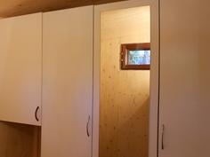 Uusi suihku- ja käymälähuone (vähän kesken vielä)