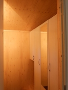 Uudet suihku- ja käymälätilat (vähän kesken vielä)