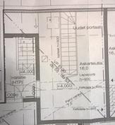 Ullakon suunnitelma. Suunnitelmaan voi saada pieniä muutoksia naapureiden kanssa sopimalla.