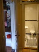 Eteisestä WC/KPH, vasemmalla keittiö