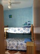 yläkerran makuuhuone, kerrossänky