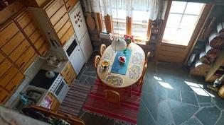 keittiö terassin lähellä