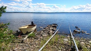venepaikat ja pienempi vene