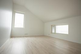 Makuuhuone 13 m2 (uusi).